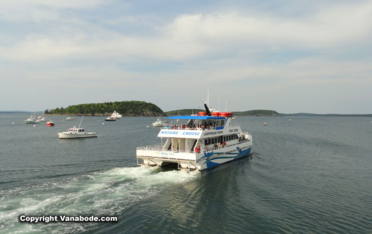 cruise ships for tourists in bar harbor maine