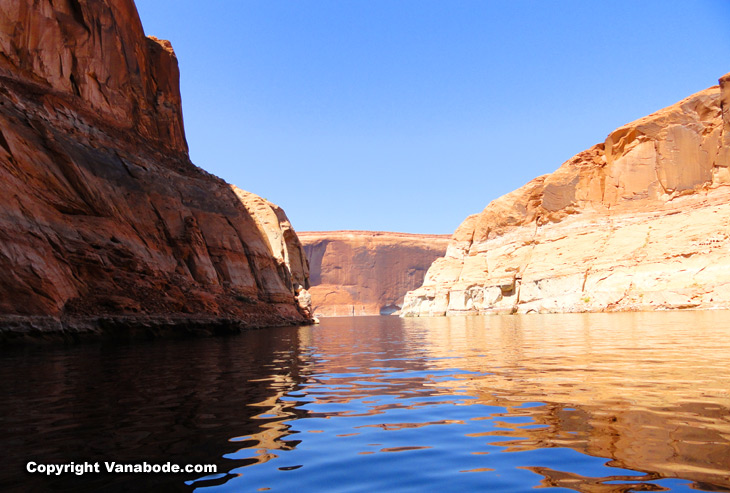 rent a boat in lake powell for a day