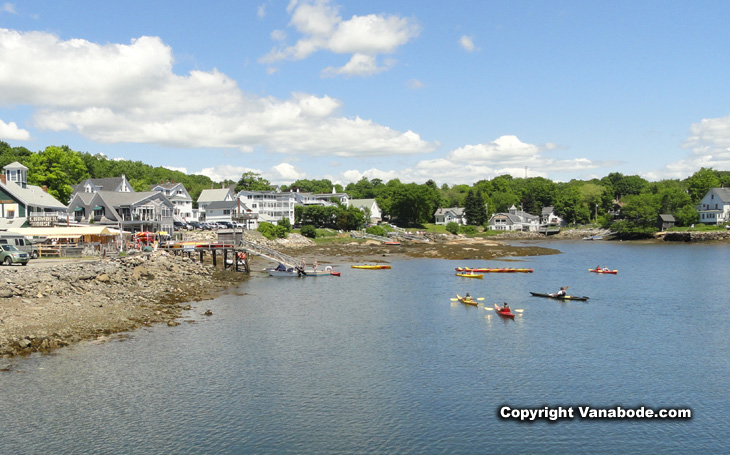 kayaks in boothbay harbor maine picture