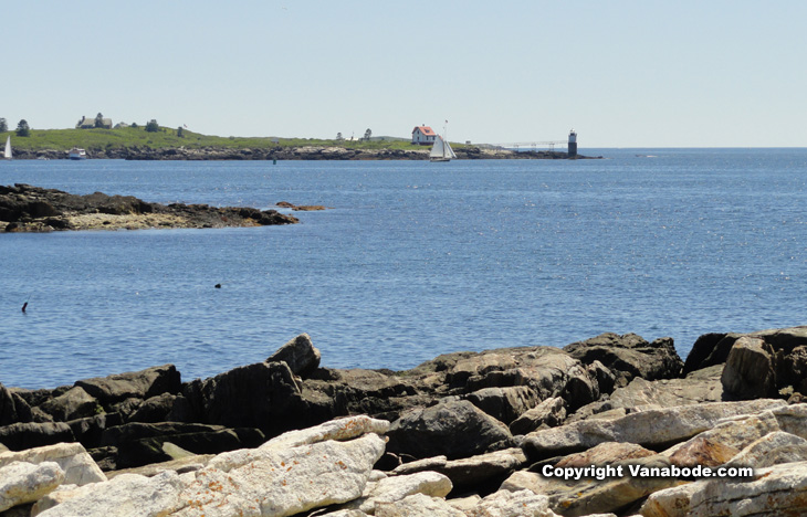 ram lighthouse in boothbay harbor maine picture
