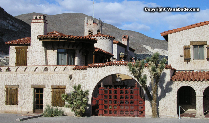picture of scotty's castle in death valley