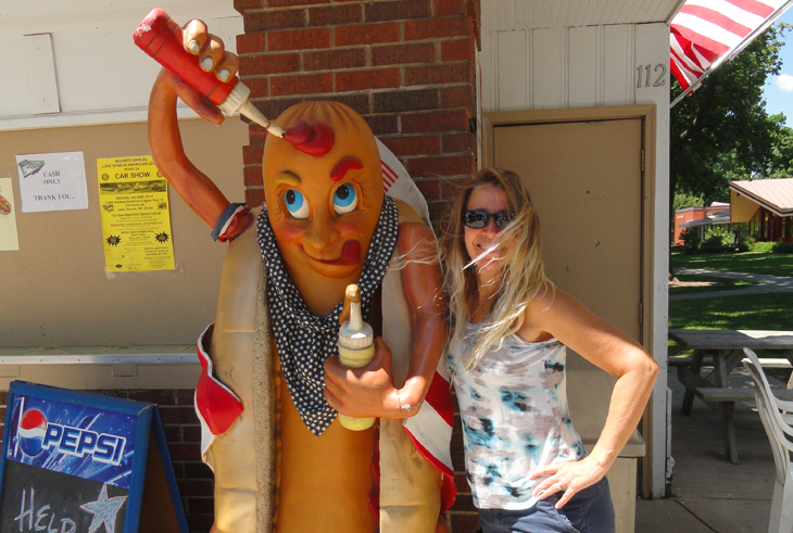 Kelly with the hotdog man