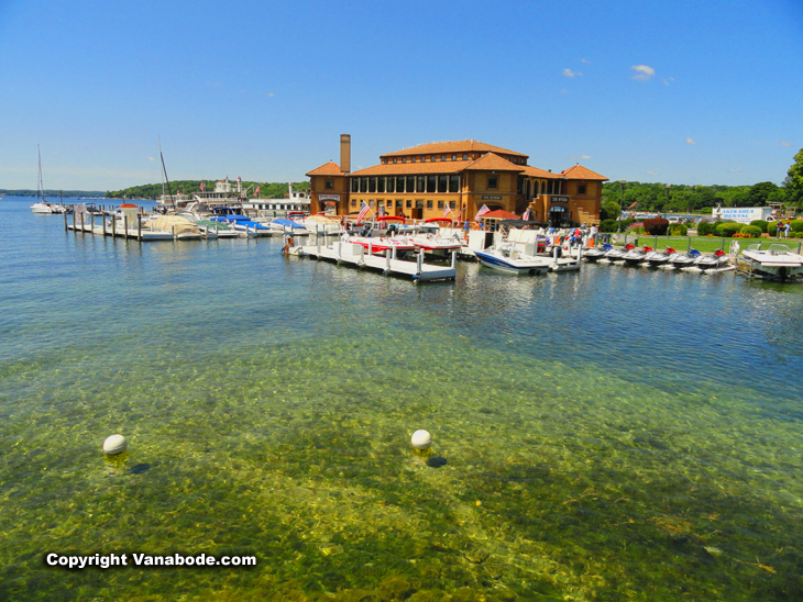 clean waters of lake geneva