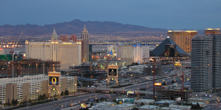 picture of las vegas strip from the top of rio