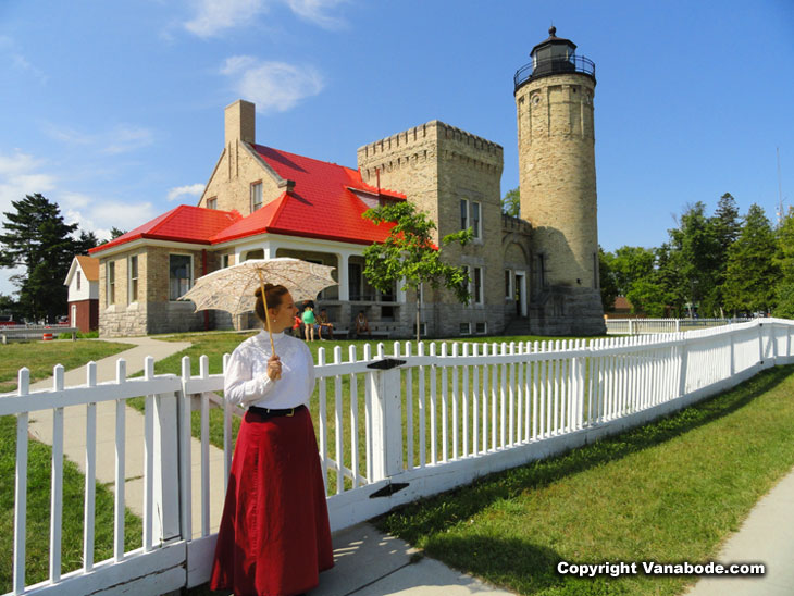 mackinaw city lighthouse museum sales girl