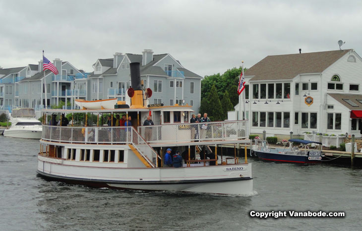 boat tours in mystic conn.