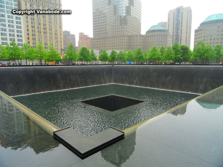 911 memorial fountains in New York City