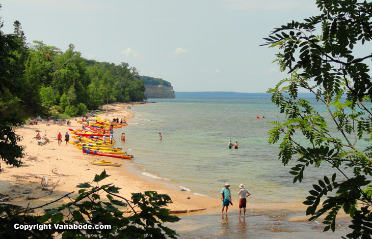pictured rocks lakeshore kayak tours and rentals