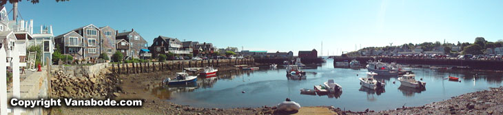 rockport marina and shopping district in massachusetts