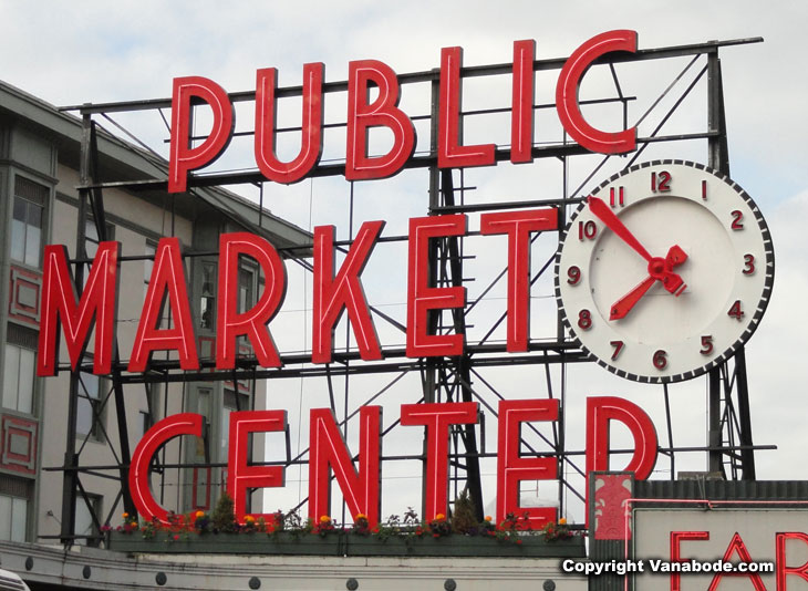 picture of public market center sign in seattle washington