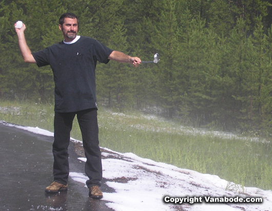 Yellowstone snow fight picture