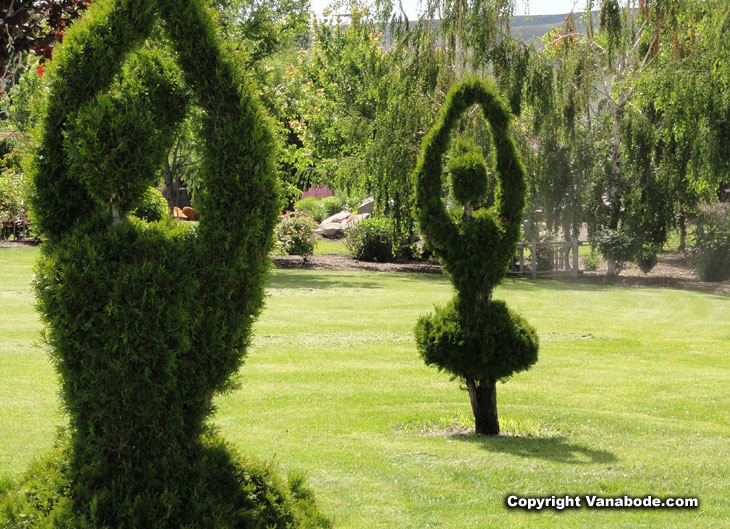 topiary ballerinas in prosser near wine village picture