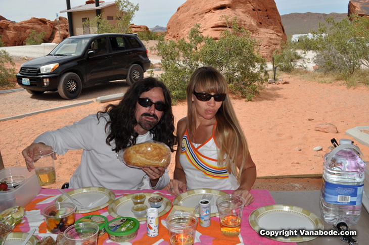 Vanabode author Jason Odom and wife Kelly Odom goofing off at the valley of fire state park