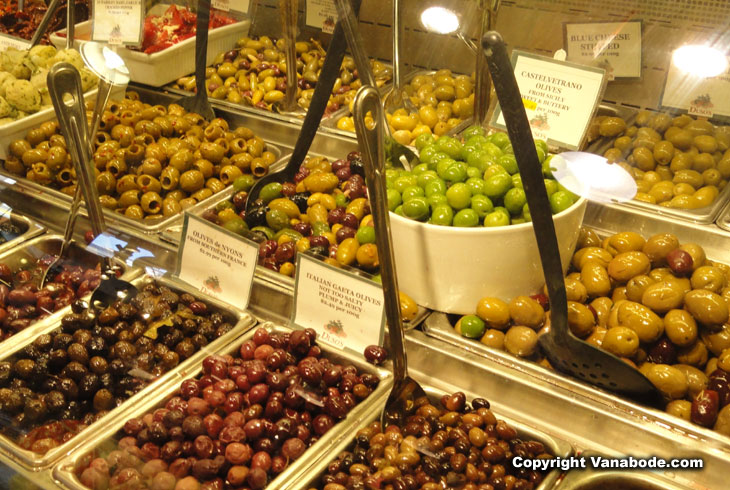 picture of olives at Granville Island vancouver