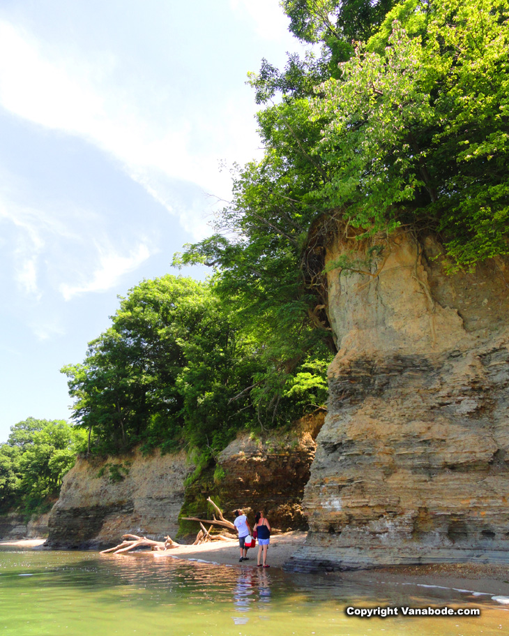 cliffs on lake erie for swimming and family fun