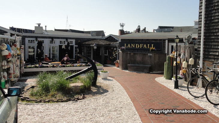 picture of landfall restaurant in woods hole cape cod massachusetts