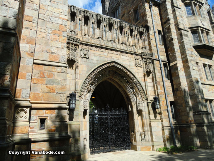 yale university entrance in New Haven
